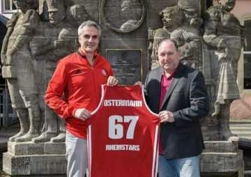 Willi Ostermann vereint Karneval und Basketball